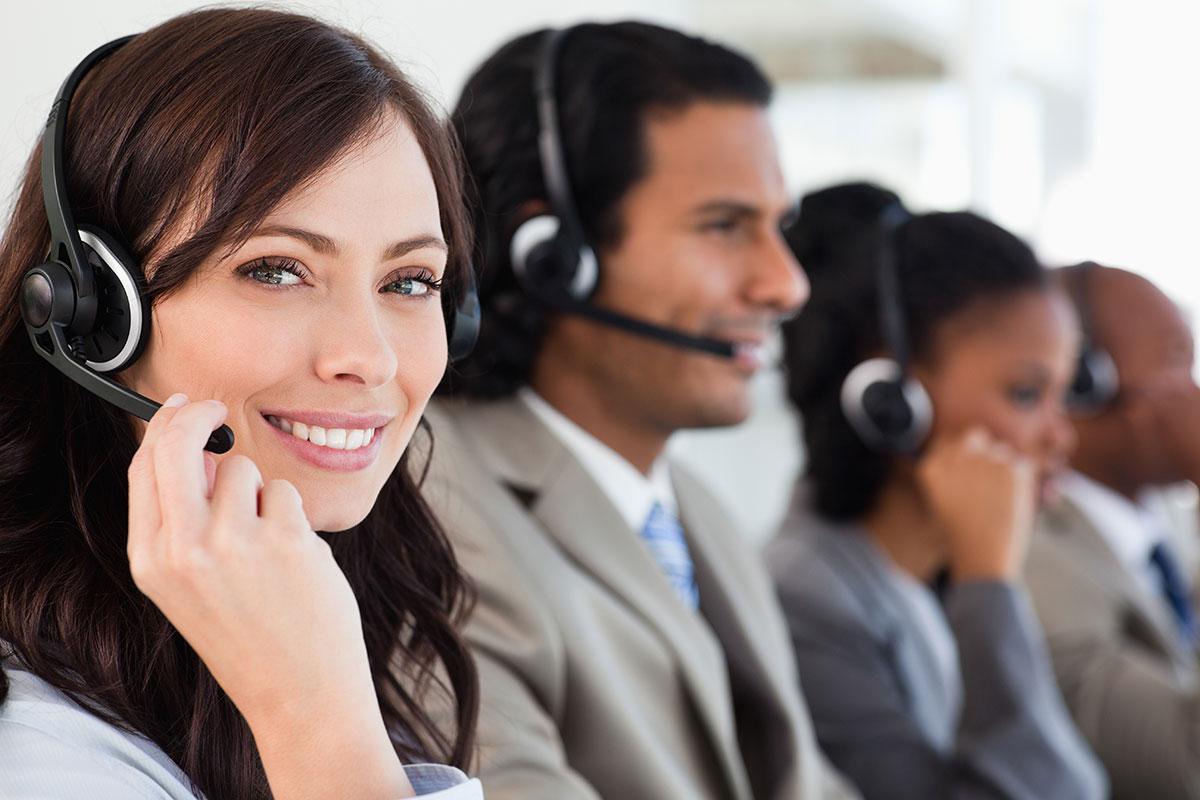 AdobeStock_43099471_customer_service